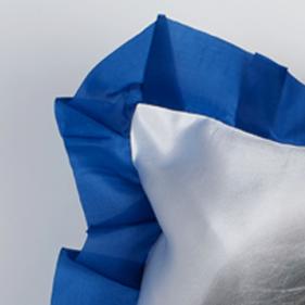 Подушка прямоугольная с цветной каймой